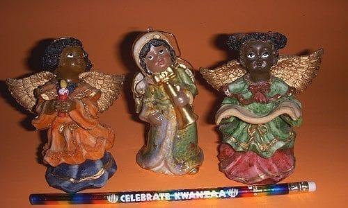 holiday treasures gift shop, santas school store